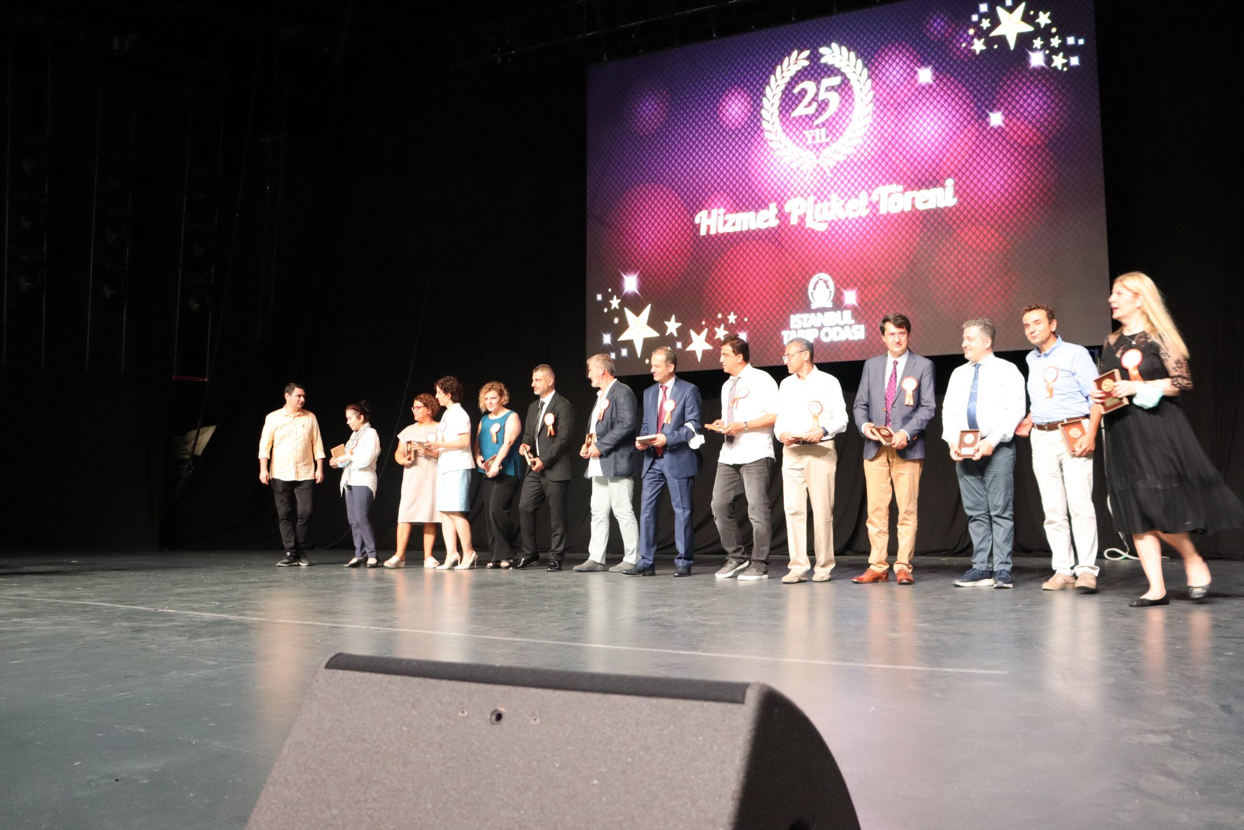 İstanbul Tabip Odası Meslekte 25. Yıl Töreni