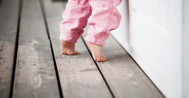 Çocuklarda Parmak Ucu Yürüme