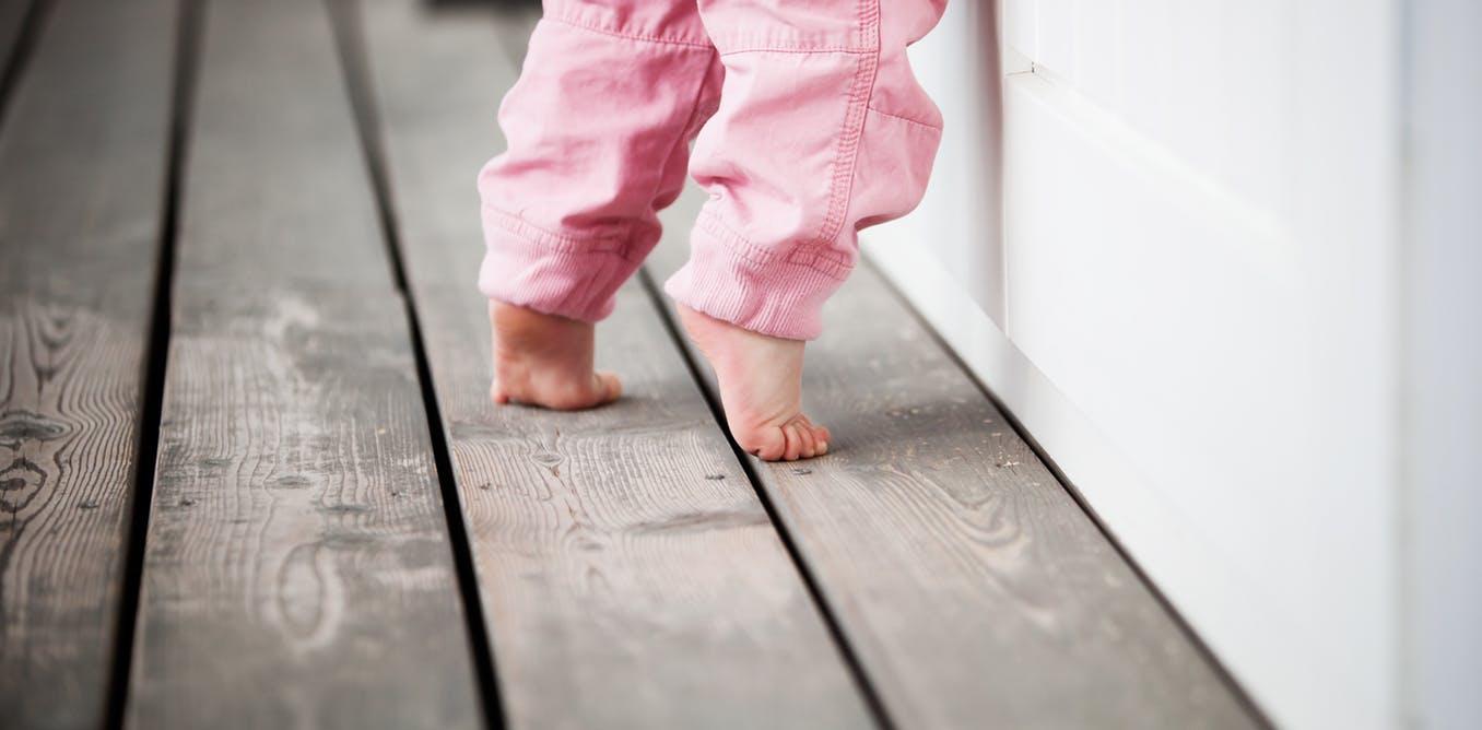 (Turkish) Çocuklarda Parmak Ucu Yürüme